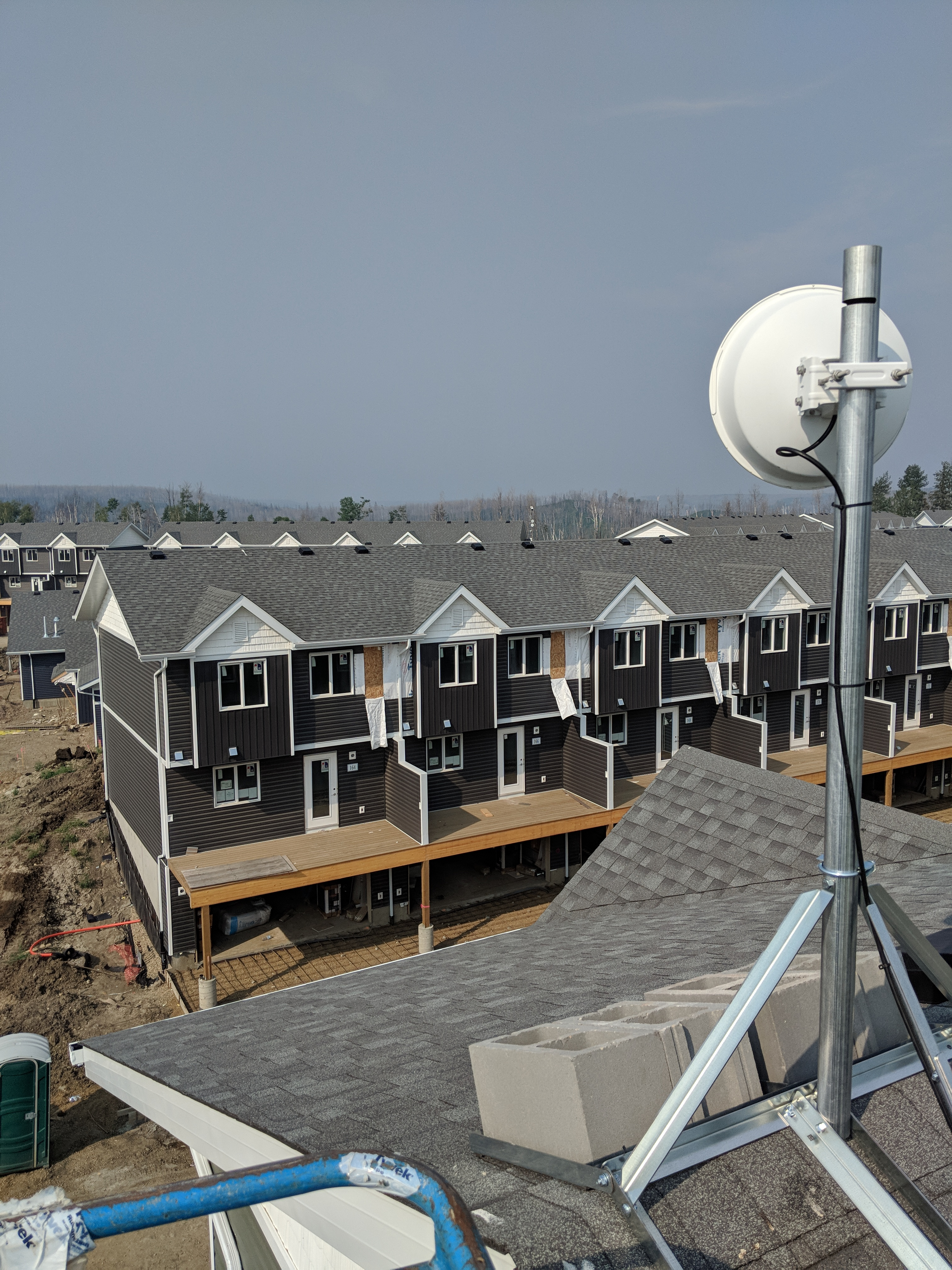Microwave wireless data link Fort McMurray